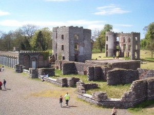 Ruins of Shane's Castle. The intact conservatory is to the left.  (Image source: Wikipedia Commons)